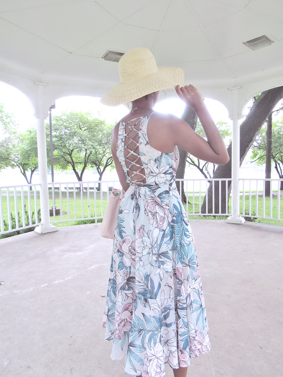 d04b4e32cb6 Feminine Floral Maxi Dress • Blushing Rose Diaries