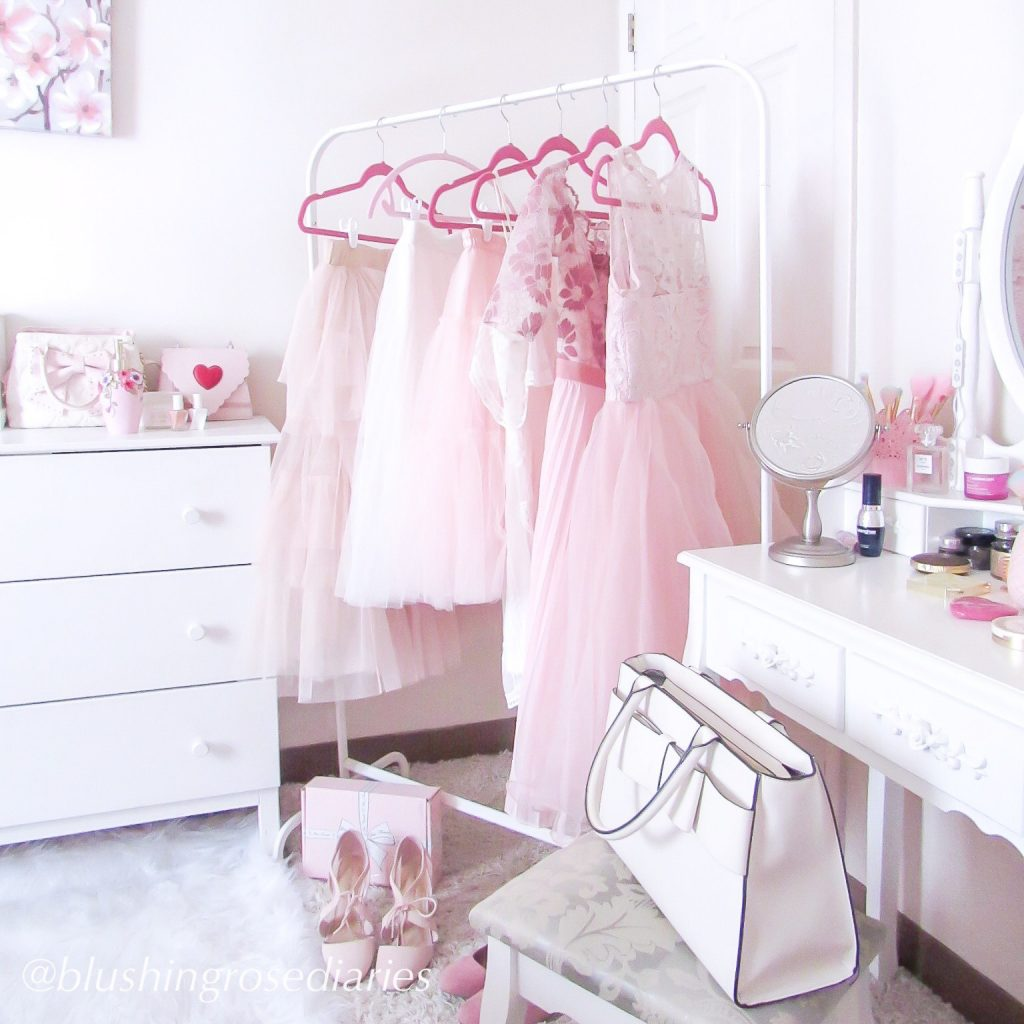 Pink feminine spring wardrobe