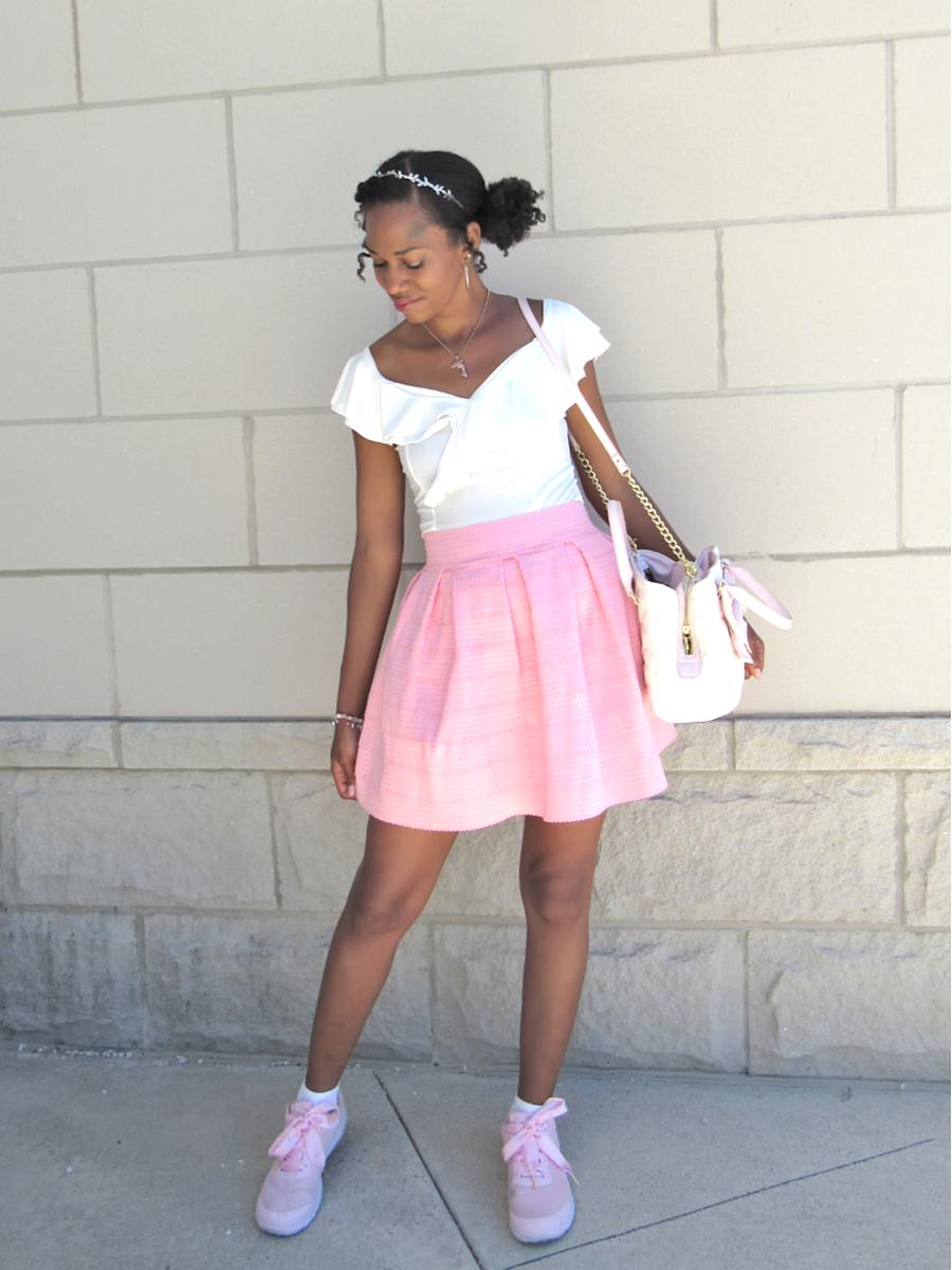 Feminine Summer Outfit
