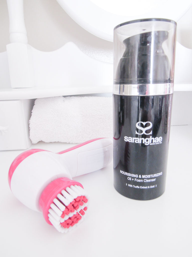 Saranghae Nourishing & Moisturizing Oil + Foam Cleanser